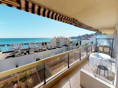 Photo for Apartment Menton, 2 bedrooms, 4 persons