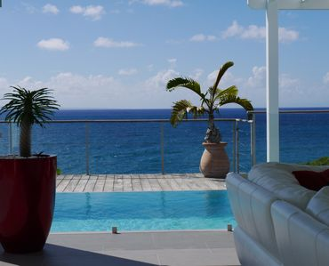 Photo for Paradise Villa classified 5 stars, a dream waterfront