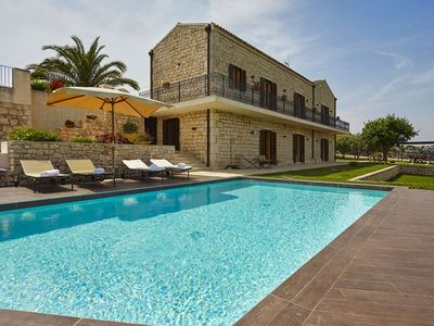 Photo for Wonderful private villa for 16 guests with private pool, A/C, hot tub, WIFI, TV and balcony