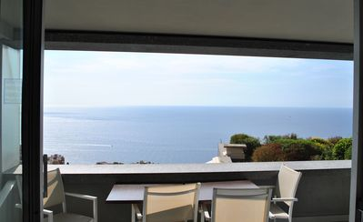 Photo for Sea view apartment, infinity pool, sleeps 4-6 people, 5 minutes from Monaco