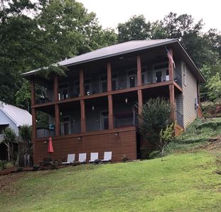 Photo for Beautiful home 3BR/2.5B in quiet slew. Great location for Auburn games!