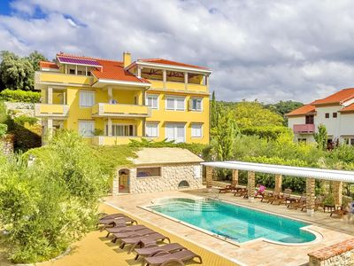 Photo for Amply villa with sophisticated equipment, only 400m to beach