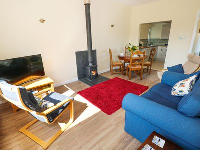Photo for TY'R ARDD, pet friendly, with open fire in Pendine, Ref 984541