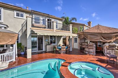 This property has all the comforts of home with the luxuries of a resort!