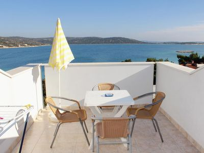 Photo for Three bedroom apartment with terrace and sea view Sevid, Trogir (A-6024-a)