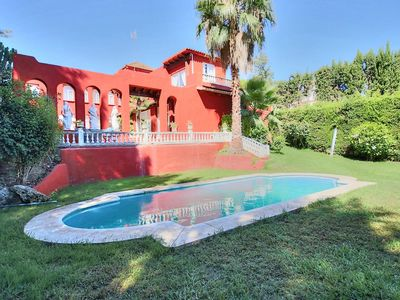 Photo for Amazing property of 5 bedrooms with private pool near Puerto Banus! Wi-fi free