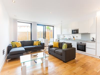 Photo for Stunning Three bedroom In Maida Vale