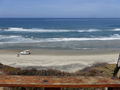 Very Clean Oceanfront Condo with Wi-Fi! 5-Star Vacation!