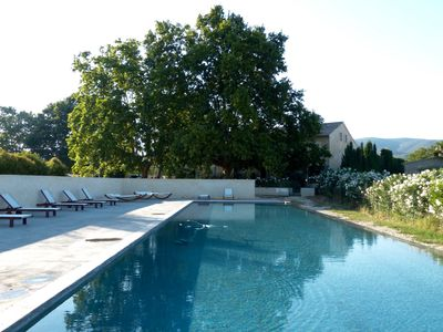 Photo for The perfect base camp to relax and explore the charm of Provence