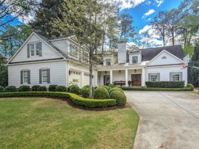 Photo for Large Buckhead Family Home w/ Amazing Living Area, Kitchen and Backyard