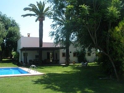 Photo for Cottage with charm and with a large garden, pool and terrace.