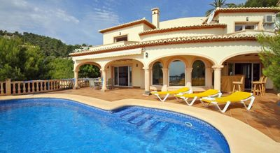 Photo for Fab. Seaviews & walking distance to beach and restaurants