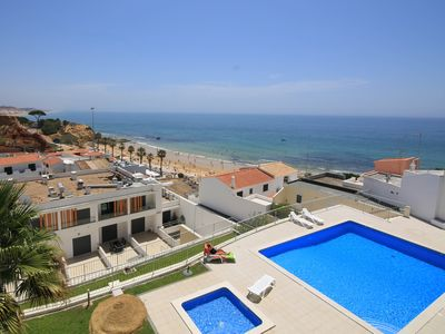 Photo for Ideal location, 20 m from the beach, in central Algarve, Albufeira