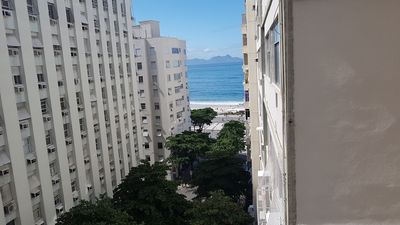 Photo for SIDE VIEW OF THE SEA - IN THE QUADRA OF THE BEACH IN COPACABANA - EXCELLENT APT OF 2 QTS