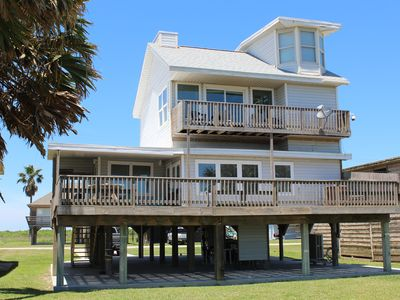 The Beach is OPEN! Front Row Beach House w/ 180 degree view of white sandy beach