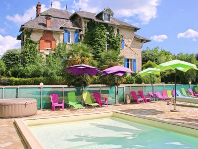 Photo for Chateau and 5 gîtes with 2 heated pools, childfriendly