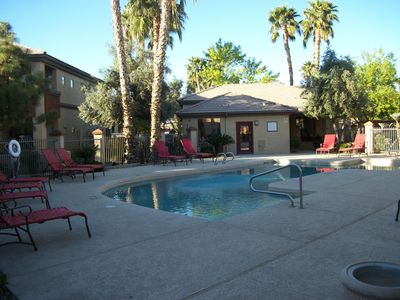 Photo for PHOENIX AZ CONDO/ BREWERS SPRING TRAINING/SAFE ATMOSPHERE/POOL/GYM/40 MB WIFI