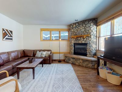 Photo for Well-appointed ski condo w/shared hot tub, rec room, etc!