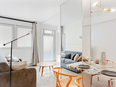 Photo for Beautiful apartment for 6 guests near the Eiffel Tower