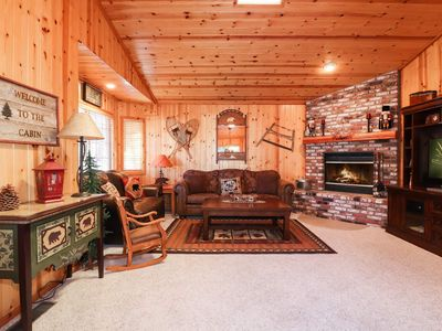 Photo for Willow Cottage: Near Bear Mountain! Walk to Resort Shuttles! Propane BBQ! Cable! Internet!