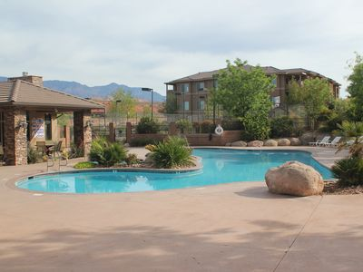 Gorgeous resort with Pools, Tennis, Basketball