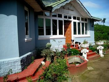 Photo for Old English Colonial Bungalow