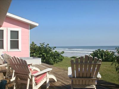 """""""The Little Pink House"""": Oceanfront Cottage 10 minutes from Daytona"""