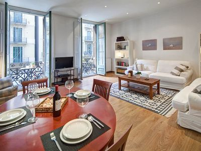 Photo for Bright 2 bedroom apartment with balcony