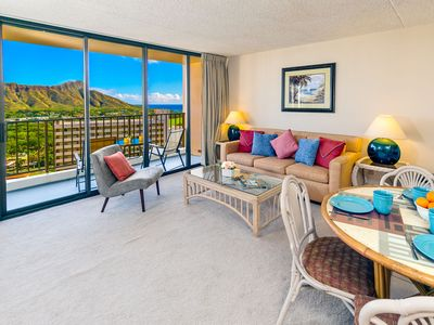 Photo for Waikiki Banyan High Floor | Diamond Head & Ocean Views | Free WiFi & Parking