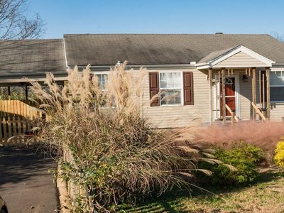 Photo for Cozy Cottage in East Nashville! Close to Downtown!