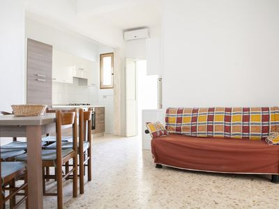 Photo for Apartment 2 rooms, 150 meters from the sea, Torre Lapillo center