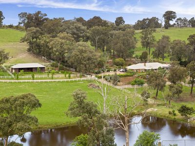 Photo for Lakeside holiday resort, Yarra Valley