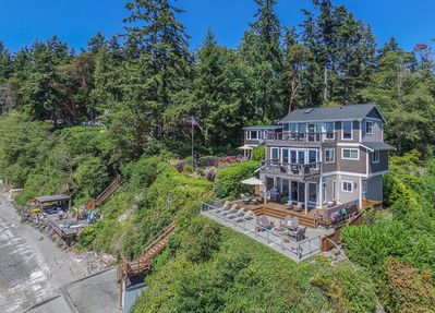 Indianola Beach House - A Puget Sound WATERFRONT Home! - Indianola