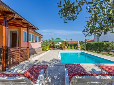 Photo for Holiday house Sikici for 1 - 8 persons with 3 bedrooms - Villa
