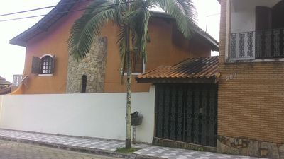 Photo for Great Sobrado with accommodation. p 16 people, 3 bedrooms, living room and large kitchen and barbecue