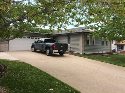 Photo for 3 bedroom house in Rapid City. 26 miles to Mount Rushmore. Close to attractions.