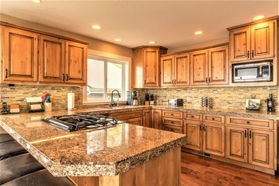 Spacious kitchen - great for creating magical dinners!