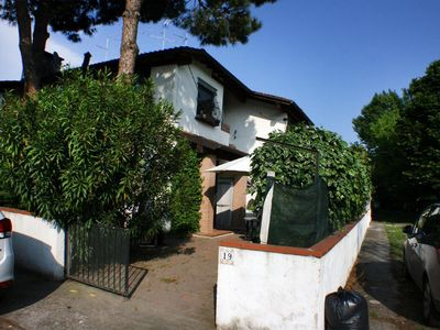 Photo for Holiday house Lido delle Nazioni for 5 persons with 2 bedrooms - Row house
