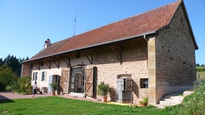 Photo for Comfortable, renovated, pet-friendly farmhouse with pool between Cluny & Paray