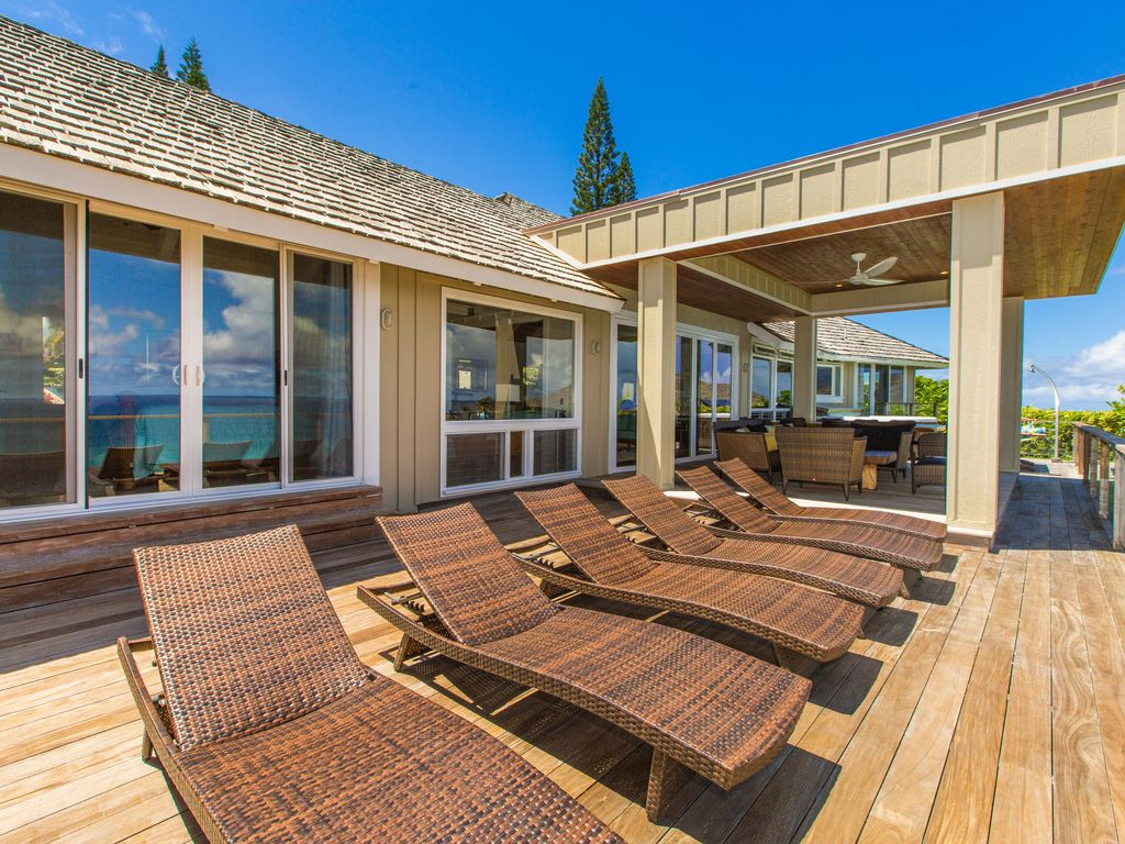 Surf song kauai direct oceanfront 4 suites 3 king 1 queen princeville house rental 1200sf oceanfront lanai central 400sf new roofed dining and living area solutioingenieria Image collections