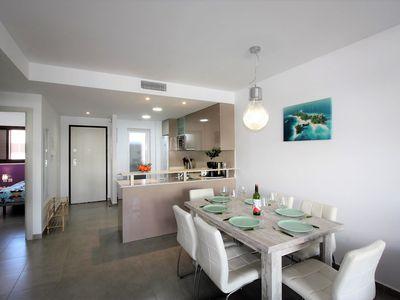Photo for Mario, child-friendly apartment near beach with communal pool