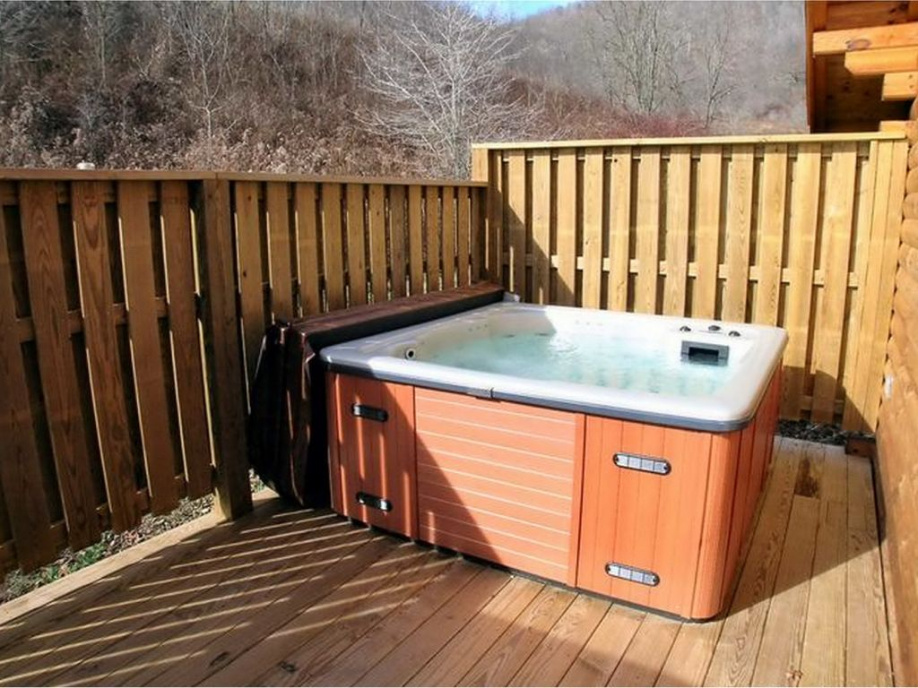 person friendly tub wv sleeps cabin smoke hole in hot pet property secluded ha hottub with at cabins