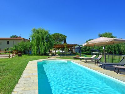 Photo for Violina: House with private pool and 2 bedrooms ideally located close to Cortona
