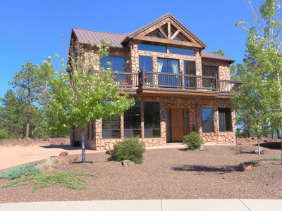 Beautiful Flagstaff Mountain Home - A Family Friendly Escape