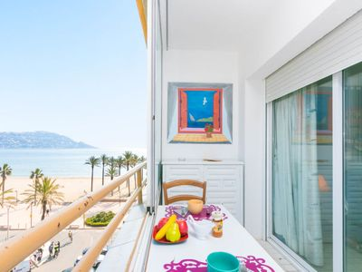 Photo for One bedroom Apartment, sleeps 2 with Pool, FREE WiFi and Walk to Beach & Shops