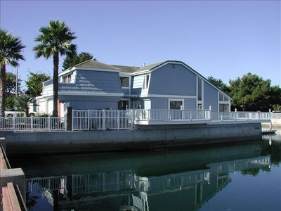 Water side Mandalay Bay Beach Oxnard Channel Island Harbor House Rental