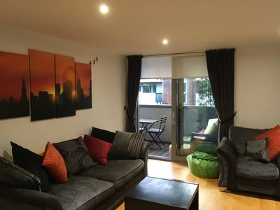 Photo for Lovely 2bed 2bath apt w/ private balcony, Holloway