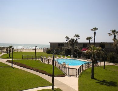 Photo for Isla del Sol 2202: STAY 30 DAYS for about the same as a week! BEST KEPT SECRET!