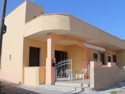 Photo for Holiday home close to the sea - Villetta indipendente a Torre san Giovanni