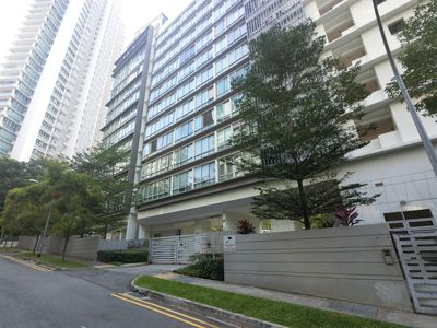 Photo for Amazing Spacious 3 Bedroom Apartment Unit @ Balestier BTK3B